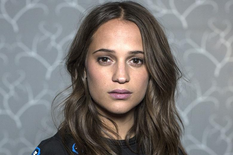 alicia vikander facebook
