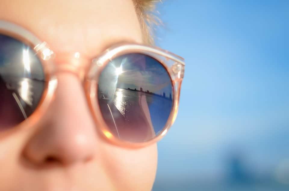 sunglasses-1209619_960_720
